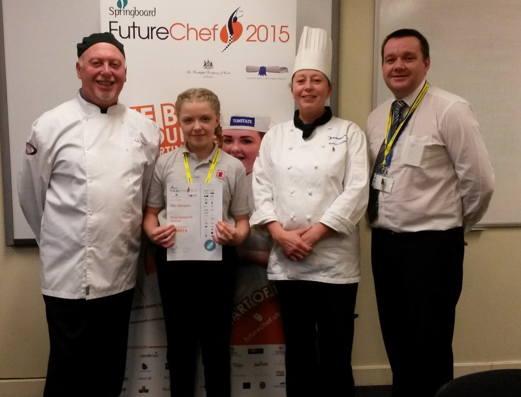 Ellie Morgan winner with judges