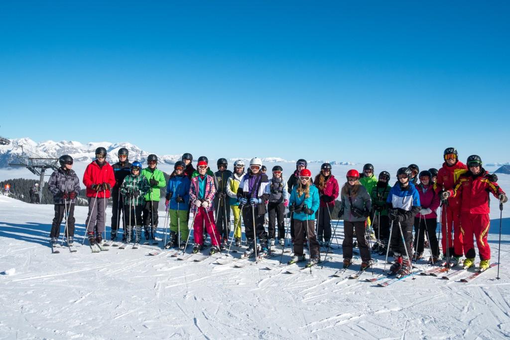 Group Ski 16
