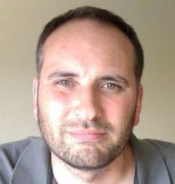 Gwyn ap Harri : CEO